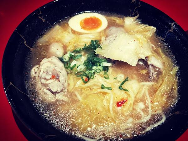 新竹東區- 麵堂拉麵專賣店 台式風味拉麵 醃蘿蔔小菜及日式煎餃令人難忘