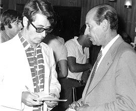 Photo: Amado Moreno con Eduardo Toba, seleccionador nacional de fúbtol en los años 70.