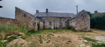 maison à Saint-Pierre-Eglise (50)