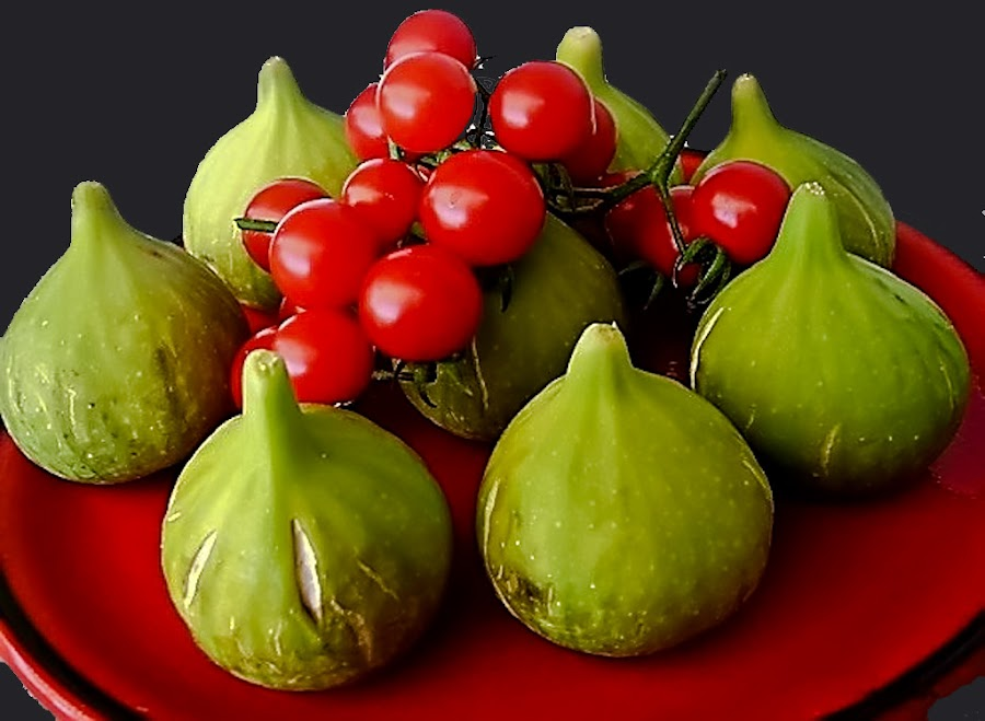 by Mirela Korolija - Food & Drink Ingredients ( red and green )