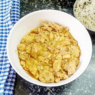 Murgh Lasooni Recipe - Garlic chicken curry.