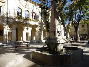 Photo: place de la mairie