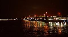 Visiter Pont Troïtsky