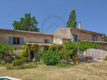 maison à Gordes (84)
