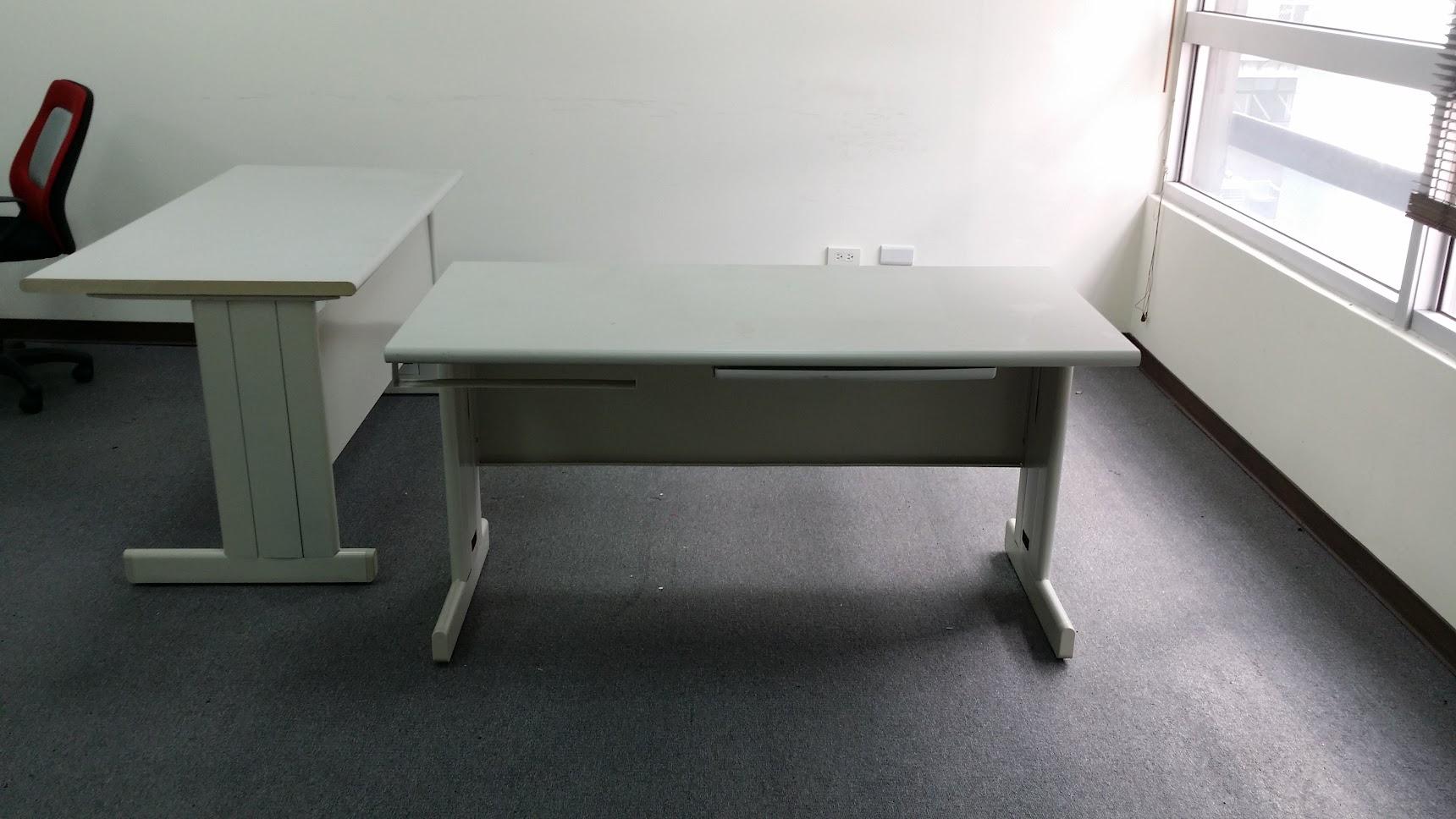 好朋友新莊二手家具二手辦公桌