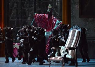 Photo: DER NUSSKNACKER - Ballettpremiere an der Wiener Staatsoper. Premiere 7.10. 2012, Choreographie: Rudolf Nurejew. Martin Winter. Foto Barbara Zeininger