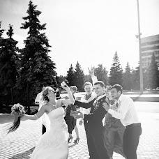 Wedding photographer Viktor Pereverzev (perviktim). Photo of 24.03.2016