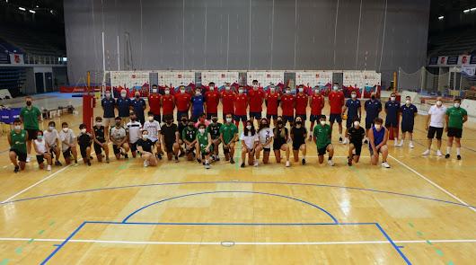 El 'Verano Voleibolero' de Unicaja Costa de Almería con España