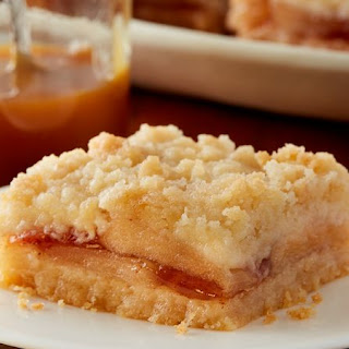 Apple Sugar Cookie Streusel Bars.