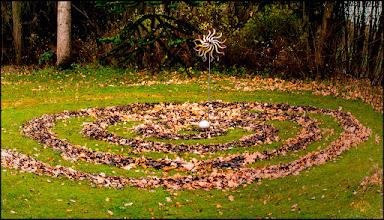 Photo: Mein Herbstmandala in Nordeuropa  geometrisches Schaubild, das im Hinduismus und Buddhismus in der Kultpraxis eine magische oder religiöse Bedeutung besitzt https://goo.gl/1W4Vli