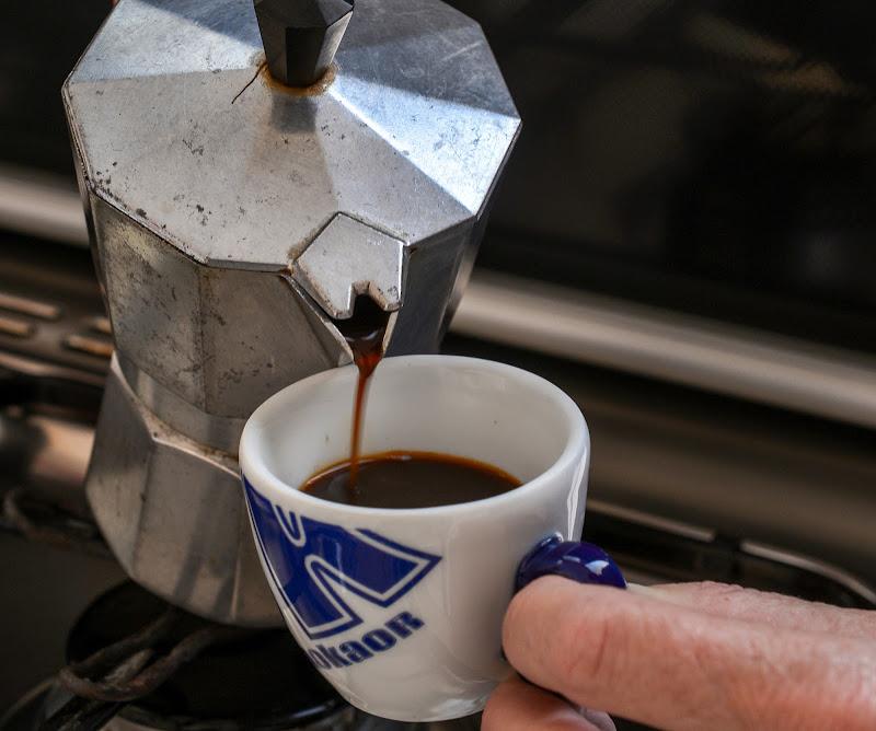 Caffettiera + Caffè di Diana Cimino Cocco