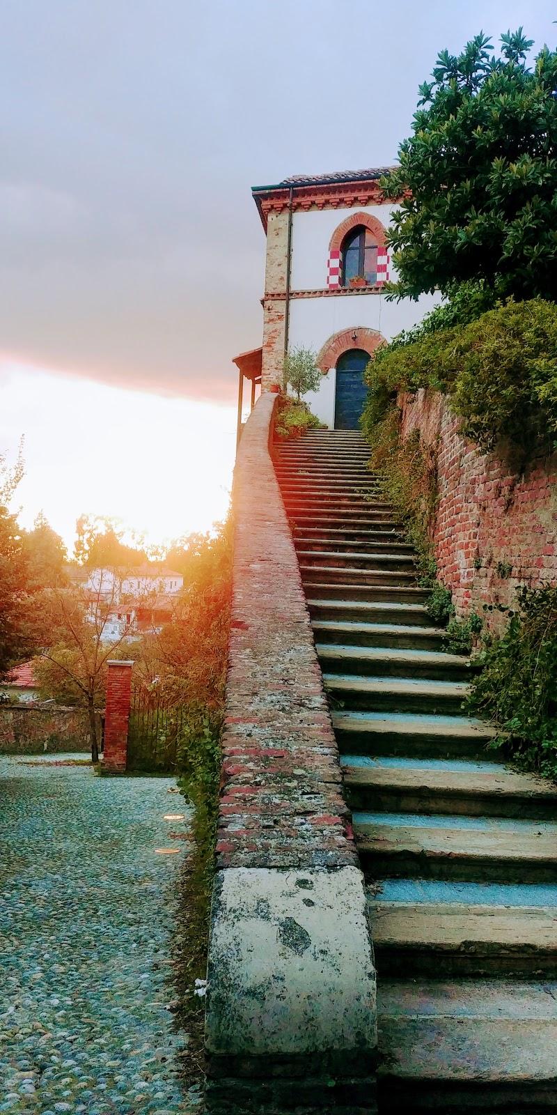 Trofarello (TO) scorcio del villaggio al tramonto. di FabriTrofa