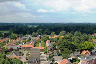 Photo: Aan de horizon: Zwolle, met links de zendmast in Zalné en rechts de Peperbus