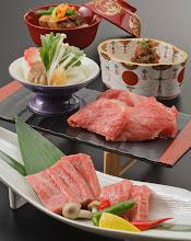 Photo: 認定近江牛を使った「ステーキ」「しゃぶしゃぶ」「しぐれ煮」など近江牛の旨みを堪能(全11品)