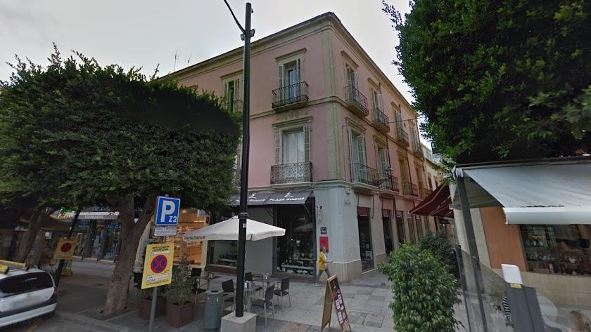 La cotizada vivienda se ubica en el edificio que une la calle Tenor Iribarne con la de Concepción Arenal, en la parte alta del Paseo.