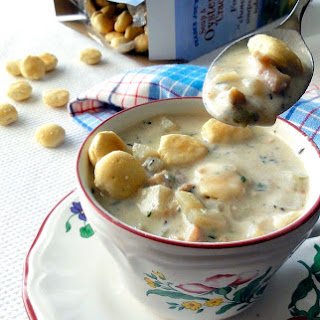 Slow Cooker Skinny Clam Chowder