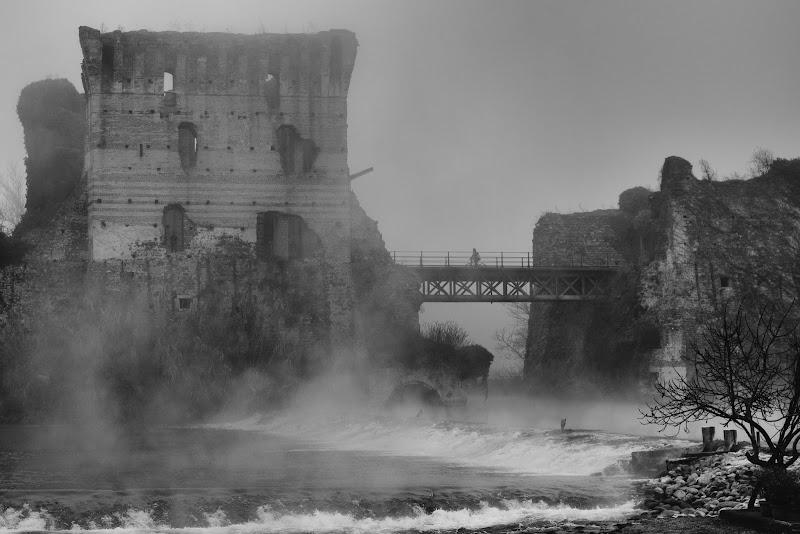 Sul Ponte Visconteo di Pelagus