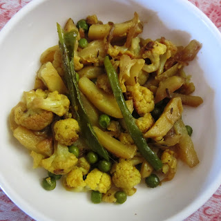 Cauliflower Potato fry - Phulkopi Aloo Bhaja