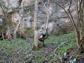 Photo: 15.Jaskini nie zwiedzili, bo nie mieli sprzętu, ale Czarownica pozuje do zdjęcia.