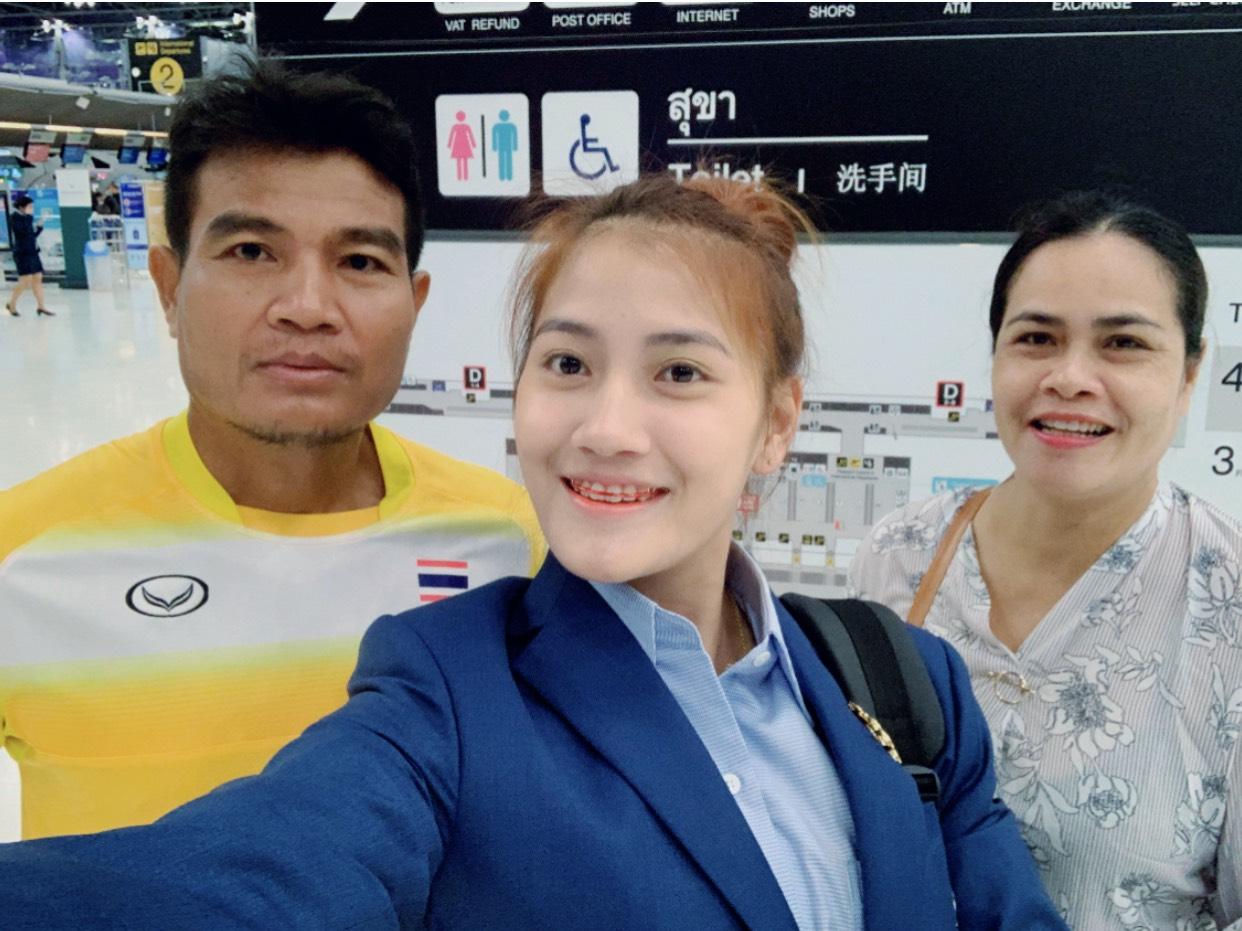 """""""จูน-รัตติยากรณ์""""....ชูตสาวสารคามทีมชาติไทย"""