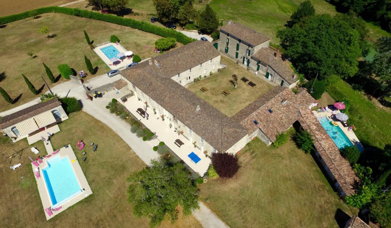 Maison avec piscine et terrasse Gensac