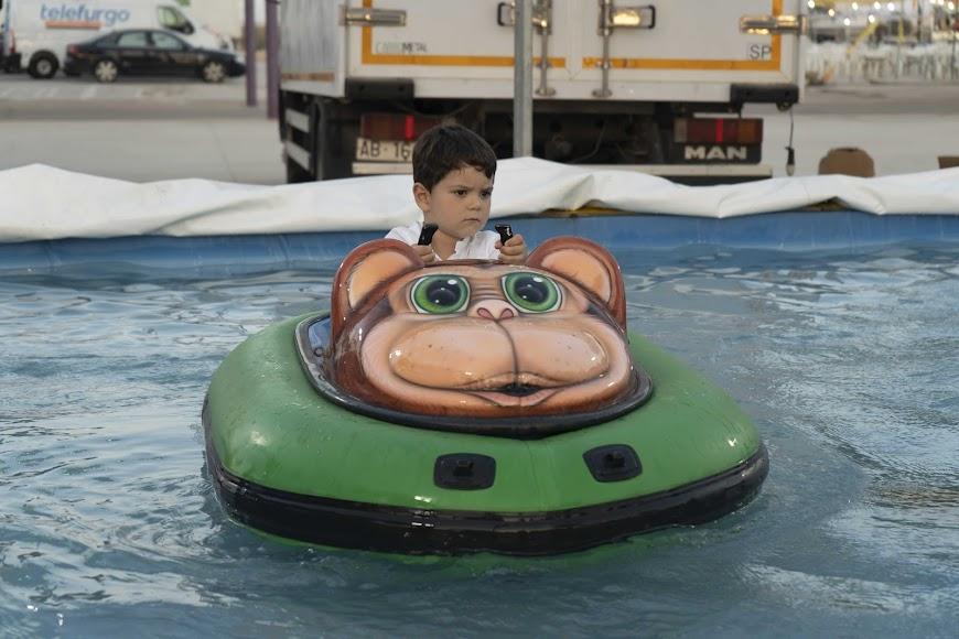 José Antonio Rodríguez Martínez disfrutó de los coches acuáticos