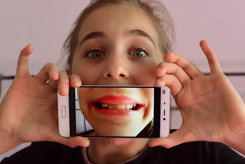 Smilephone di Ilaria Bertini