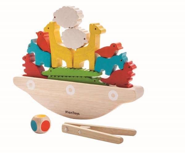 PlanToys balancing boat