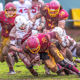 Gridiron Victoria by John Torcasio - Sports & Fitness American and Canadian football ( image, photo, action, football, gridiron victoria )