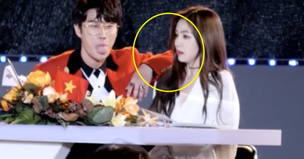 9 Most Awkward Malefemale Interactions Among K-Pop Idols - Koreaboo-3601