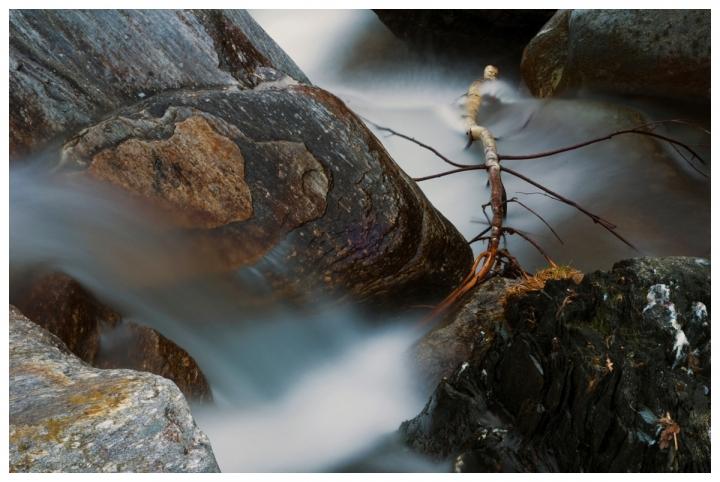 Tra le rocce del torrente di hylablu