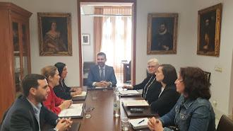 Reunión entre el Ayuntamiento y Almería Centro