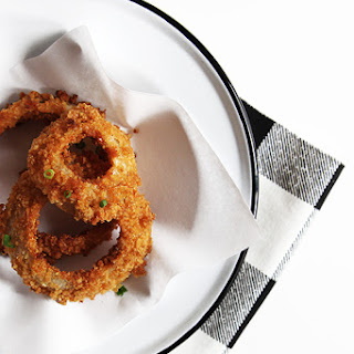 Baked Onion Rings with Kettle Chips.