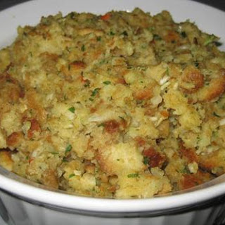 My Mom's Perfect Thanksgiving Stuffing
