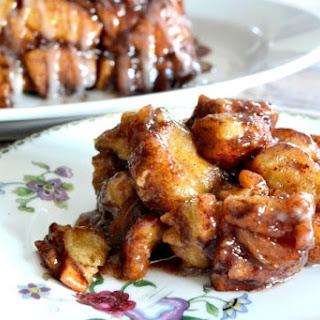 Apple Cinnamon Sweet Rolls Monkey Bread