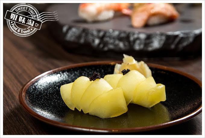 墨吉日本料理白酒蘋果握壽司