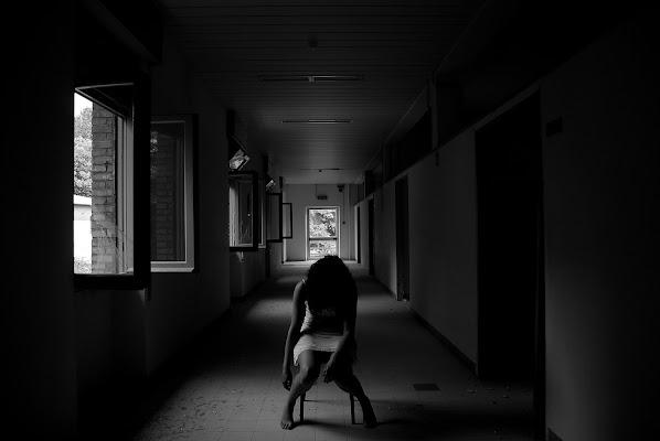 Inquietante solitudine.. di Mikmata