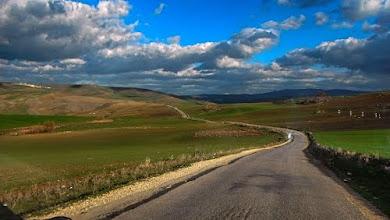 Photo: La route d'Aïn Tinn.