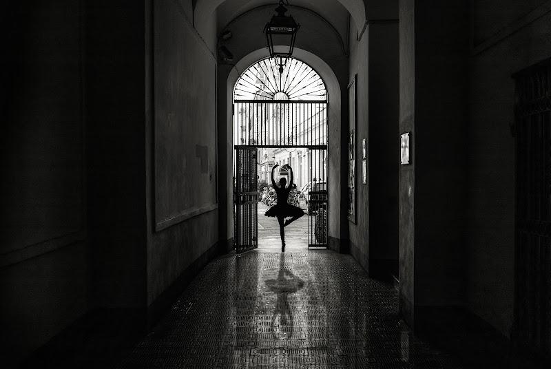 Ballerina di strada di Paolinda