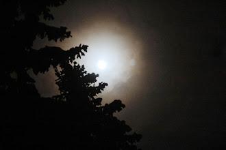 Photo: V noci sa oblačnosť úplne rozplynula a postupne žiaril krásny mesiac