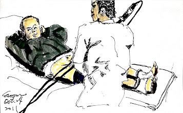 Photo: 內視鏡檢查2011.10.24鋼筆 有時某些罹病收容人對自己身體狀況有一種確信,確信自己的疾病是如他所想像的樣子,這位收容人一直覺得自己膀胱痛有結石,但即使外醫門診做內視鏡檢查,讓他親眼看到膀胱裡沒有東西,他還是不斷問醫生:石頭在哪裡?