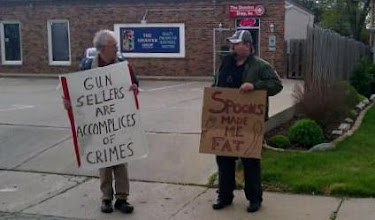 Photo: A gun shop owner's response to protesters