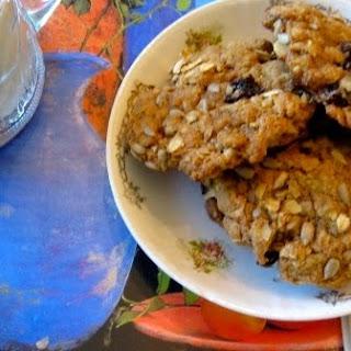 Dried Plum Cookies.