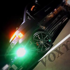 ヴォクシー AZR65G のカスタム事例画像 なにぬさんの2020年10月04日20:45の投稿