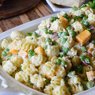 Easy Pasta Salad with Bacon & Peas.