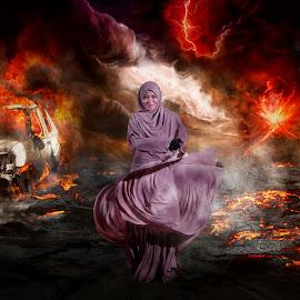 Iron Lady by MOHD NOOR FAKARRUDDIN ABDULLAH - Digital Art People ( lady, ladies, war, iron, girl, manipulation, manipulated, women )