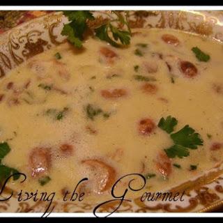 Living The Gourmet Cream Of Mushroom Soup