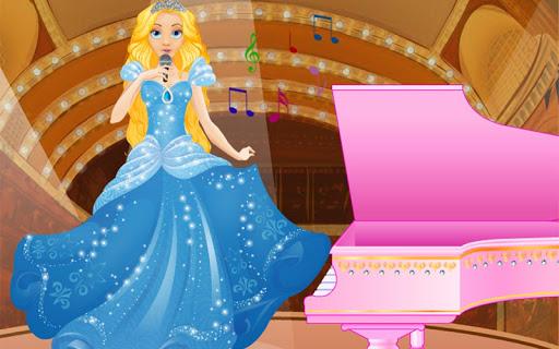 Caroline Piano Concert Debut