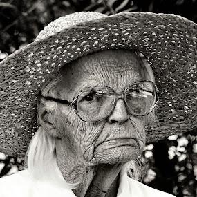 Miss Lottie by Vickie Barnhill - People Portraits of Women