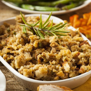 Fluffy Bread Stuffing